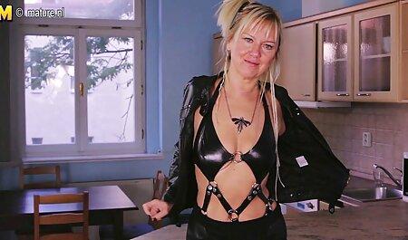 Heiße Brünette porno film kostenlos schauen fickt hart