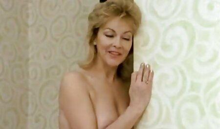 Heiße Brünette wichst kostenlose pornos anschauen ohne anmeldung einen Glückspilz im Freien