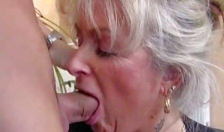 Blondine gibt Kopf pornos kostenlos anschauen