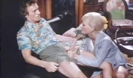 Die vollbusige Blondine gibt vor dem Sex einen Blowjob kostenlose fickfilme anschauen