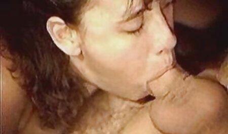 Preggo gratis pornos zum sofort ansehen Frau genießt Black Dick