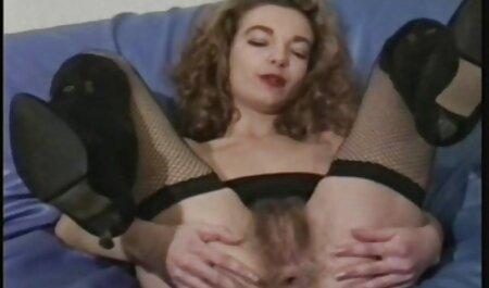 HEISSES MÄDCHEN 8 online pornos gucken süßes Mädchen im Dreier im Freien