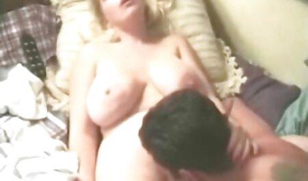UK Jessicas Ripped Pantyhose Jam Session porno film gratis sehen